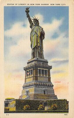 top017005 - Statue of Liberty Post Card