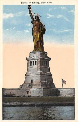 top017467 - Statue of Liberty Post Card