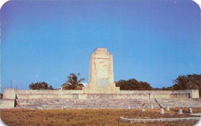 top026963 - Statues / Monuments Postcard