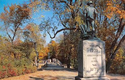 top027121 - Statues / Monuments Postcard