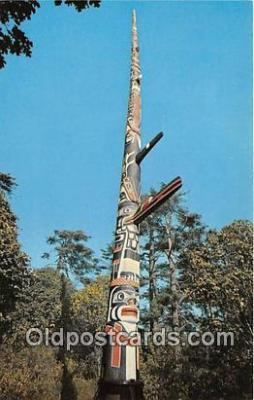 tot001092 - World's Tallest Totem Pole, Beacon Hill Park Victoria, BC, Canada Postcard Post Card