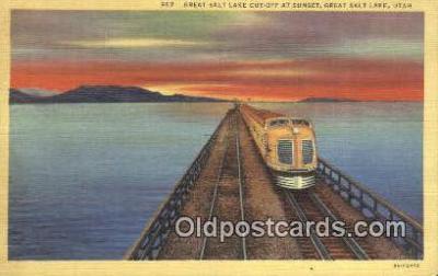trn001467 - Great Salt Lake Cut Off, Great Salt Lake, Utah, UT USA Trains, Railroads Postcard Post Card Old Vintage Antique