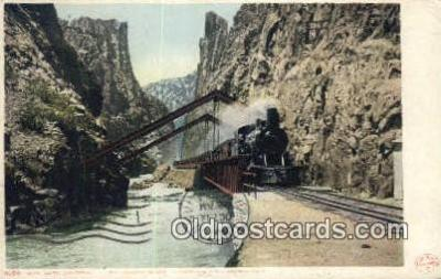 trn001724 - The Hanging Bridge, Royal Gorge, Colorado, CO USA Trains, Railroads Postcard Post Card Old Vintage Antique