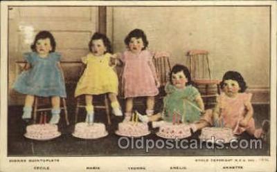 twn002025 - Dionne Quintuplets Postcard Postcards