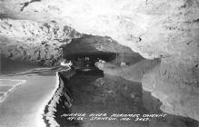 top016503 - Caves Post Card