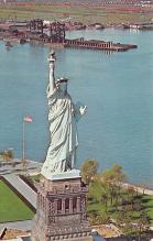 top016687 - Statue of Liberty Post Card