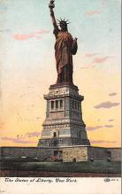 top016743 - Statue of Liberty Post Card