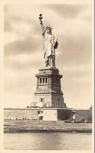 top016947 - Statue of Liberty Post Card
