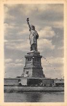 top016975 - Statue of Liberty Post Card