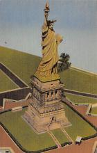 top017003 - Statue of Liberty Post Card