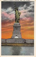 top017059 - Statue of Liberty Post Card