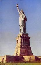 top017063 - Statue of Liberty Post Card