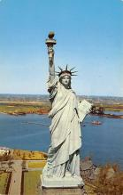 top017087 - Statue of Liberty Post Card