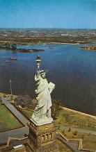 top017101 - Statue of Liberty Post Card