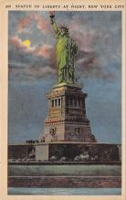 top017117 - Statue of Liberty Post Card
