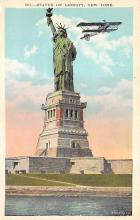 top017135 - Statue of Liberty Post Card