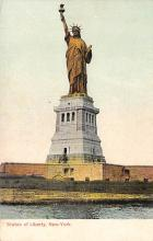 top017143 - Statue of Liberty Post Card