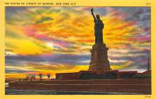 top017151 - Statue of Liberty Post Card