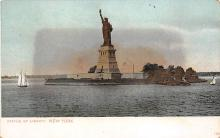 top017179 - Statue of Liberty Post Card