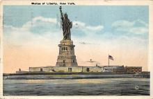 top017195 - Statue of Liberty Post Card