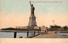 top017255 - Statue of Liberty Post Card