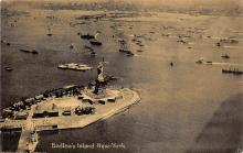 top017259 - Statue of Liberty Post Card