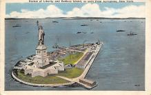 top017307 - Statue of Liberty Post Card
