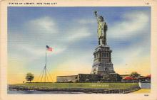 top017347 - Statue of Liberty Post Card