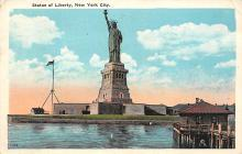 top017361 - Statue of Liberty Post Card