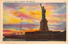 top017433 - Statue of Liberty Post Card