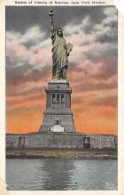 top017447 - Statue of Liberty Post Card