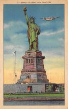 top017459 - Statue of Liberty Post Card