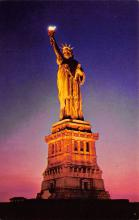 top017463 - Statue of Liberty Post Card