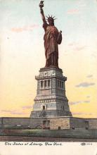 top017533 - Statue of Liberty Post Card