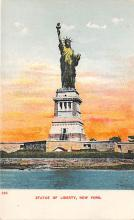 top017569 - Statue of Liberty Post Card