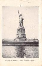 top017587 - Statue of Liberty Post Card