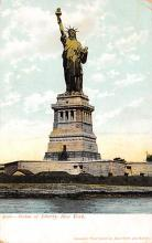 top017605 - Statue of Liberty Post Card