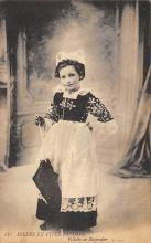 top022499 - Native Dress Postcard
