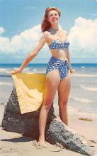 top025009 - Bathing Beauty Post Card