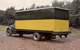 top025709 - Trucks / Buses /  Vans Post Card