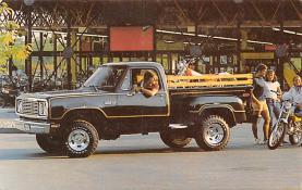 top025743 - Trucks / Buses /  Vans Post Card