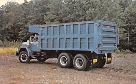 top025747 - Trucks / Buses /  Vans Post Card