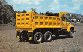 top025751 - Trucks / Buses /  Vans Post Card