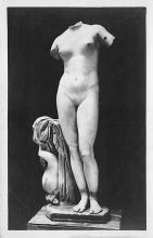 top026861 - Statues / Monuments Postcard
