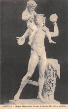 top026887 - Statues / Monuments Postcard