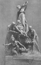 top026915 - Statues / Monuments Postcard