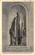 top026973 - Statues / Monuments Postcard