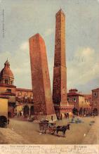 top027037 - Statues / Monuments Postcard