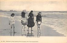 top027481 - Bathing Beauty Post Card