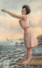 top027505 - Bathing Beauty Post Card
